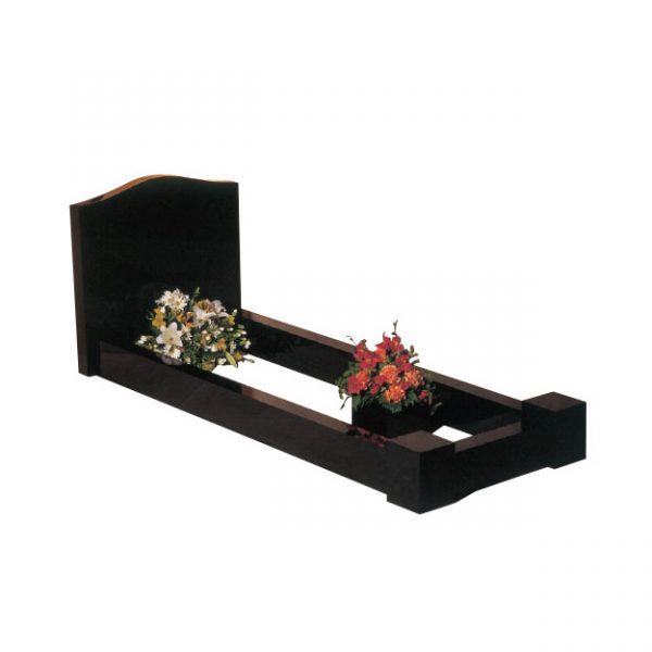 Ogee Headstone with Full Kerb Set